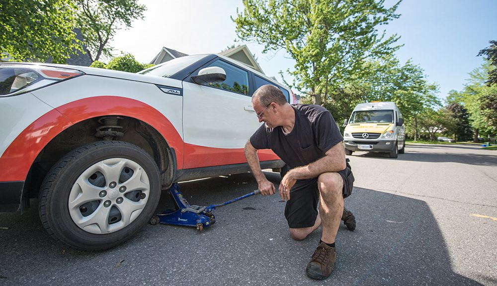 mobile-tire-repair-service-by-entirely-mobile-in-ottawa