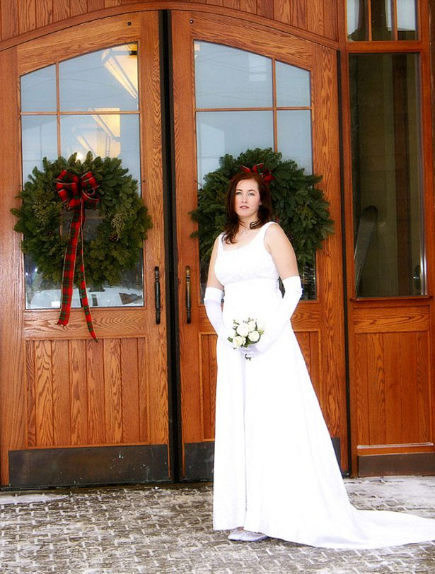 Winter wedding outside hotel at Calabogie Peaks ski resort near ottawa